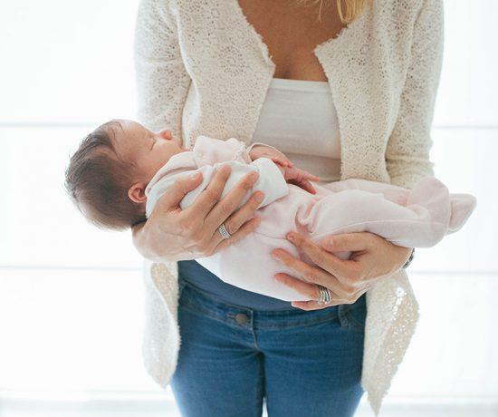 newborn treviso oderzofotografa bambini gravidanza neonati veneto servizio fotografico famiglia conegliano